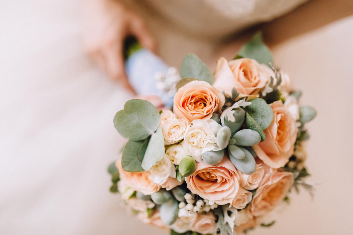 Доставка цветов на свадьбу