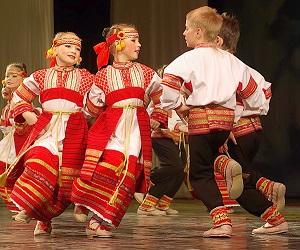 Танцевальные ансамбли в Москве